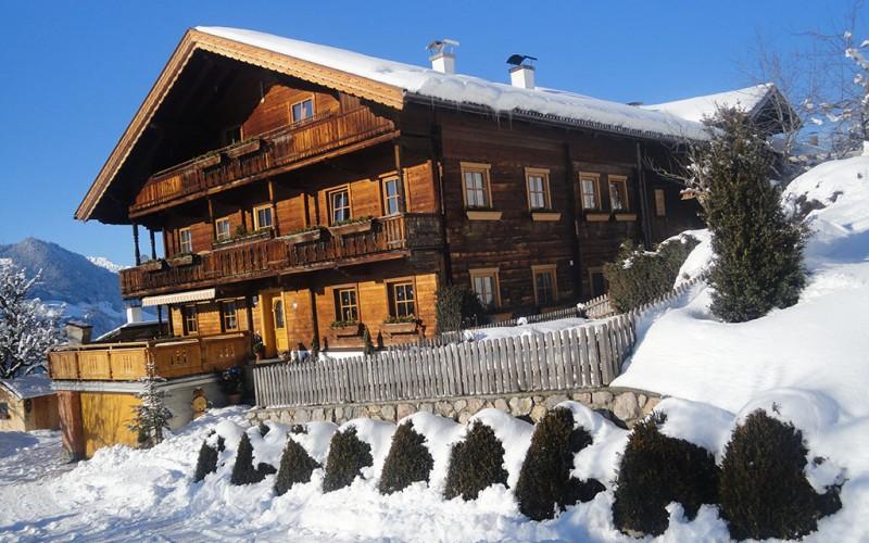 wohnung-mieten-skigebiet-fuegen-bauernhaus