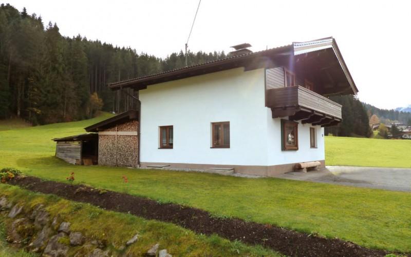 Großes Wochenendhaus in schöner Alleinlage – Nähe Kirchberg in Tirol/Kitzbühel