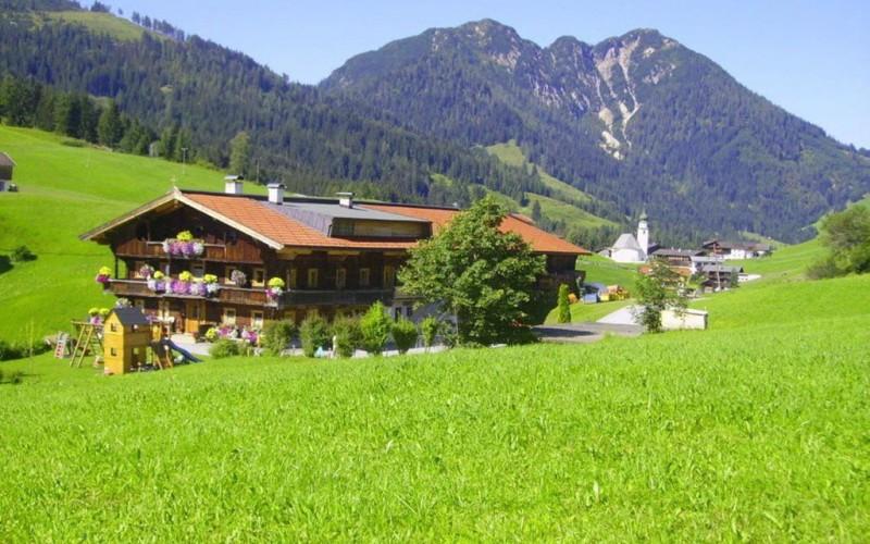 wohnung-pachten-skigebiet-wildschoenau-aussenansicht