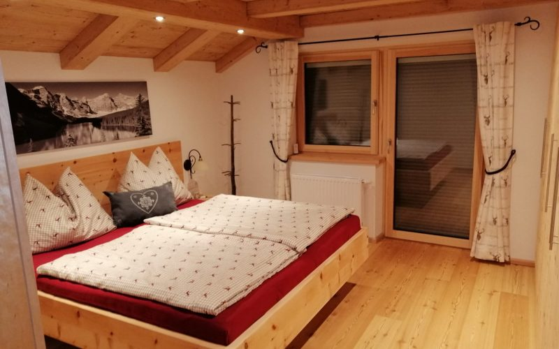 wochenendhaus-pachten-breitenbach-inn-schlafzimmer