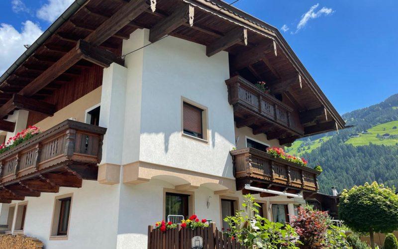 wohnung-mieten-skigebiet-ramsau-zillertal-hausansicht (2)